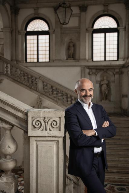 Stefano Micelli Curator_Laila Pozzo©Michelangelo Foundation