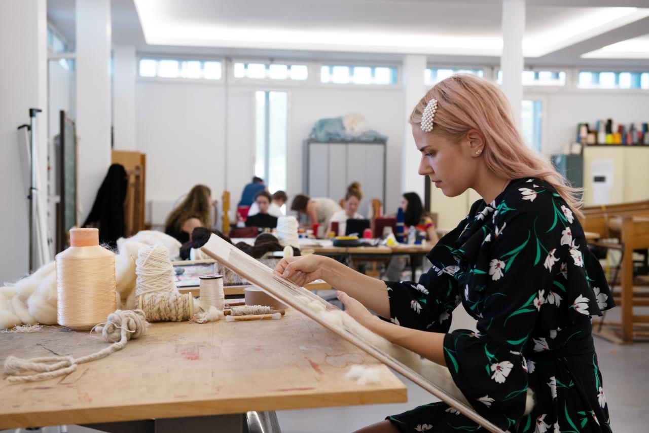 Anna Elizabete Kasparone Student Summer School 2019 Tapestry and Artistic Interpretation Lola Moser©Michelangelo Foundation