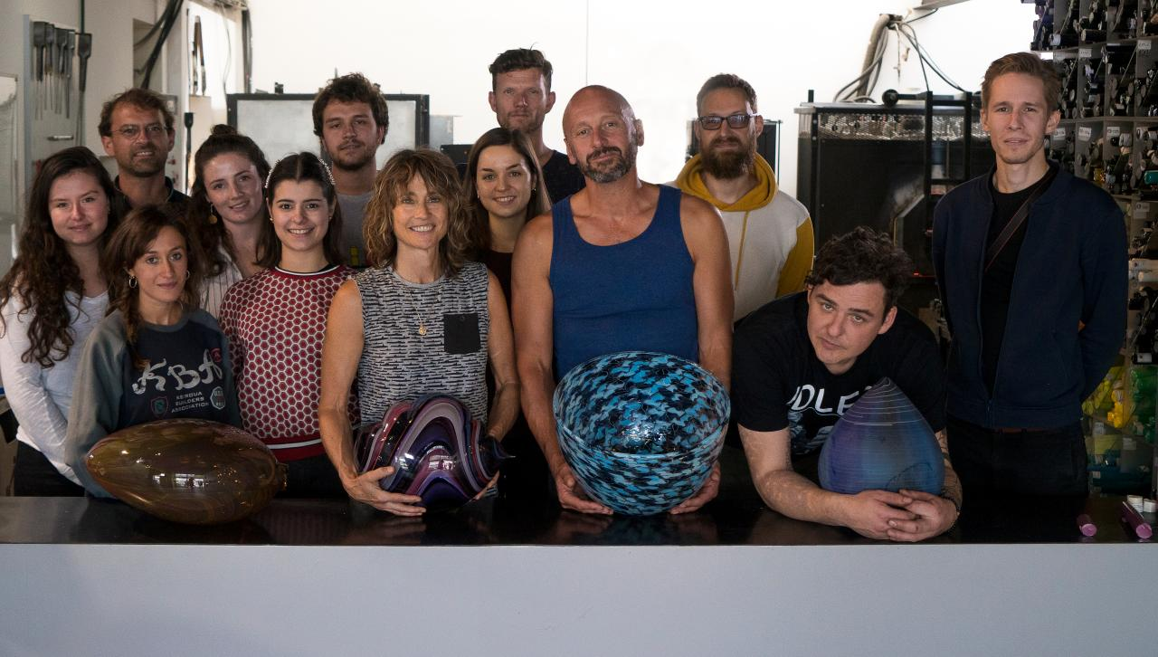 Master artisans and students Summer School 2019 Glassblowing Belle Ile Marc Baudrillart©Michelangelo Foundation