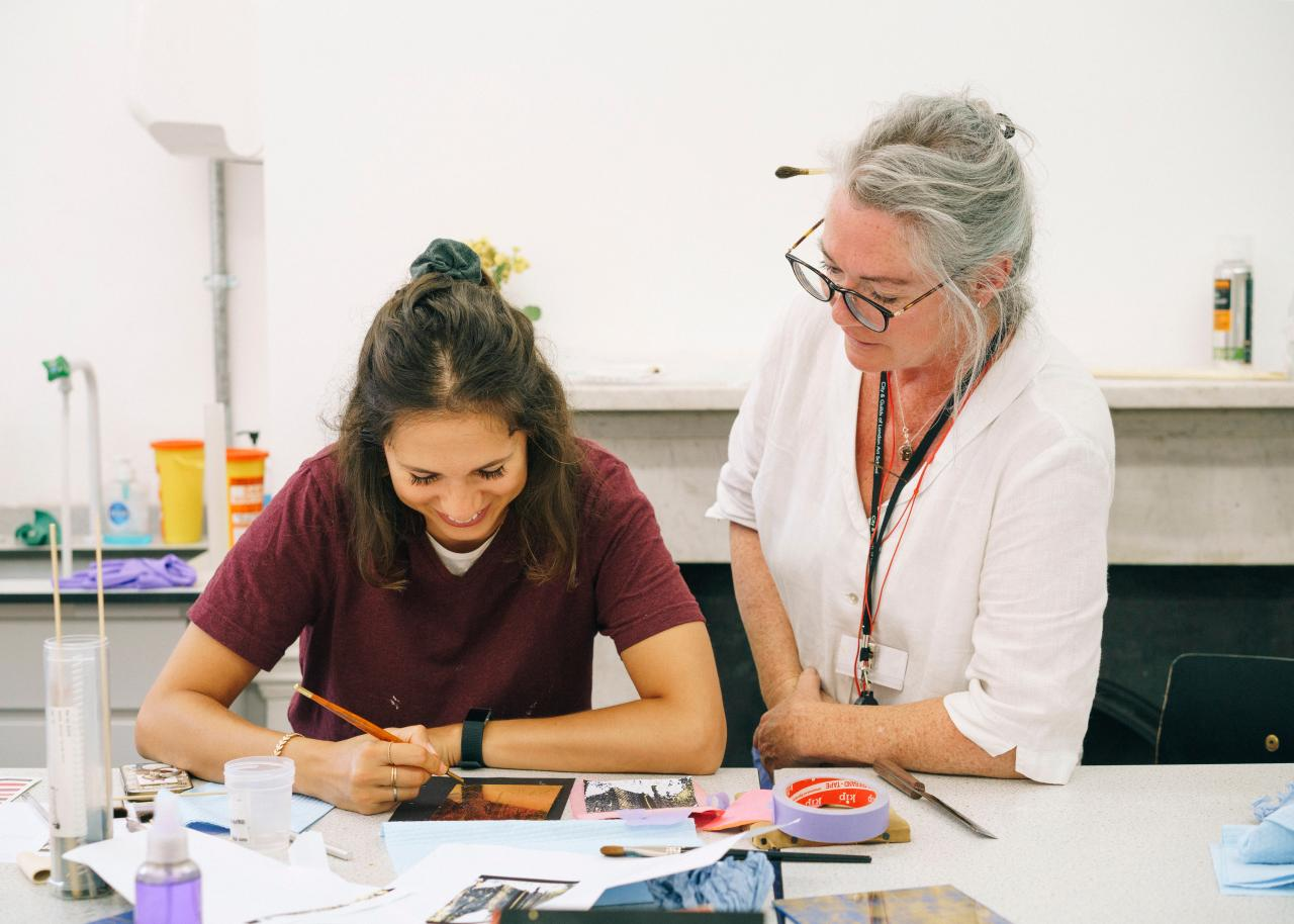 Summer School London Gilding and Verre Eglomise Marco Kesseler©Michelangelo Foundation
